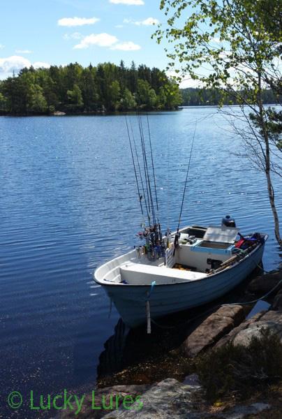 Posenangeln vom Boot aus ist flexibel.