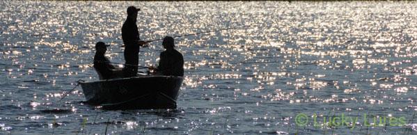 Spinnfischen vom Boots aus ist Freiheit pur.