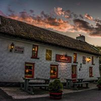 Music-Pub und Restaurant Larkins am Lough Derg.